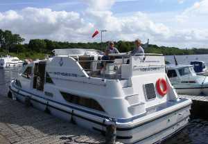 4 berth cruiser hire