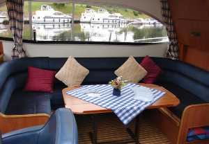 self catering cruiser for hire